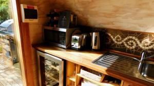 Coffee and tea making facilities at 43 Degrees Bruny Island