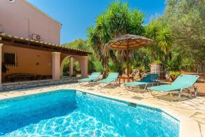 The swimming pool at or near Villa Apollo