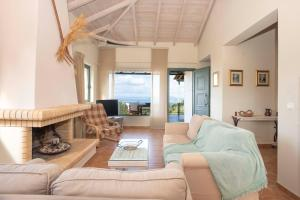 A seating area at Chamaloni Cottages
