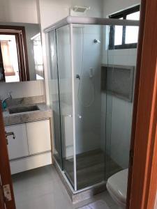 Um banheiro em Veranno Di Porto-50mts Piscinas Naturais