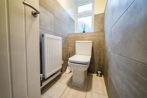A bathroom at The Arato