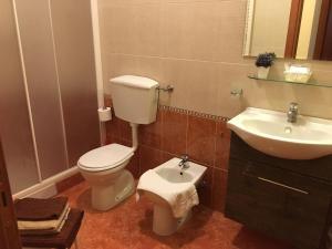 A bathroom at Residence Gloria