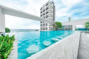 สระว่ายน้ำที่อยู่ใกล้ ๆ หรือใน Pattaya Aeras Condotel
