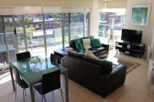 A seating area at 507 At The Waves