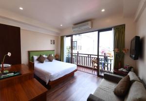 Khách sạn Artisan Lakeview