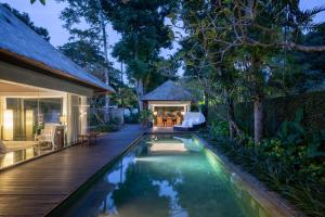The swimming pool at or close to Kayumanis Nusa Dua Private Villa & Spa