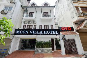 OYO 332 Moon Villa Hotel