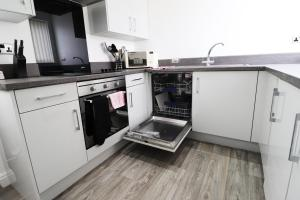 A kitchen or kitchenette at Breck Blackpool
