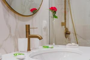 Vonios kambarys apgyvendinimo įstaigoje Apartamenty Bracka 6