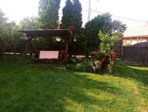 Vonkajšia záhrada v ubytovaní Mikula Porta