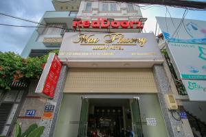 RedDoorz Plus @ Dong Den Street