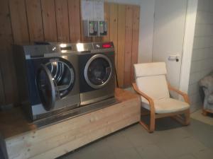 Ein Sitzbereich in der Unterkunft Ferienanlage am Kellerberg