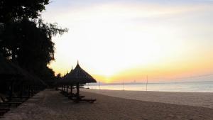 Four Oceans Resort