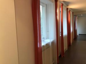 TV/Unterhaltungsangebot in der Unterkunft Helle-, geräumige Wohnung in zentraler Lage