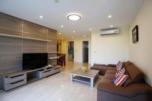 Krittina VK - Luxury Ciputra Apartment