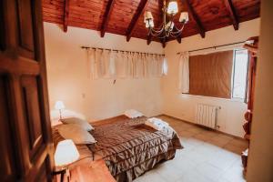 Una cama o camas en una habitación de Las Asturianas