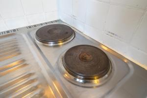 A kitchen or kitchenette at Paris Center Tournelle Suite - 5 guests