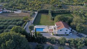 A bird's-eye view of Šime vacation house