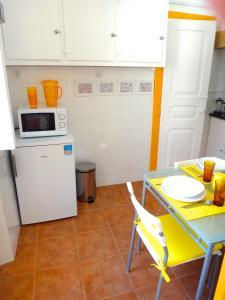 A kitchen or kitchenette at Julias Pateo