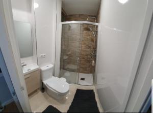 Salle de bains dans l'établissement el principe