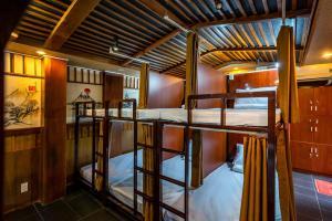 SG Capsule Hostel1