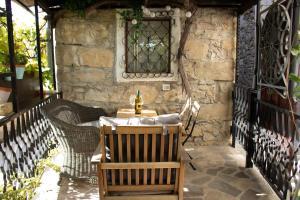 Restavracija oz. druge možnosti za prehrano v nastanitvi VILLA IRENA charming gem located in Vipava Valley