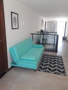 A seating area at Cobertura Porto do francês