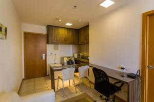 A kitchen or kitchenette at Nobile Suítes Hotel Asa Norte - Apartamento Particular
