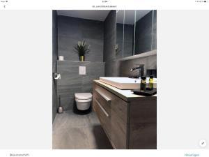 Ein Badezimmer in der Unterkunft PIXI Apartment