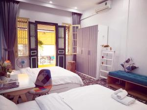 THE BEE HOMESTAY