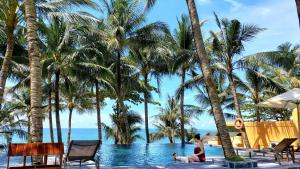 Vida Loca Resort