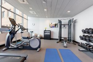 The fitness center and/or fitness facilities at Citadines Sloterdijk Station Amsterdam