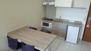 A kitchen or kitchenette at Riviera Park Flat