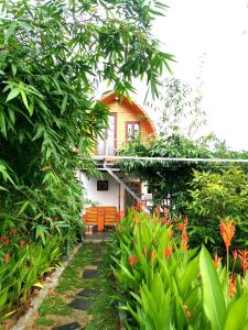 Dien Phuong Riverside Village
