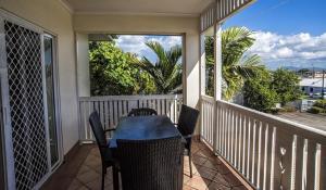 A balcony or terrace at City Garden