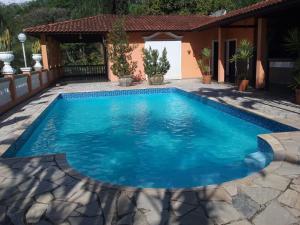 The swimming pool at or near Espaço Villa Verde