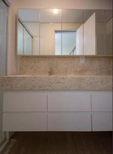 A bathroom at Veneza apartment