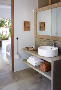 A bathroom at Diniview Villa Resort