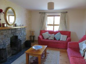 A seating area at BunkHouse - Letterfrack Farm