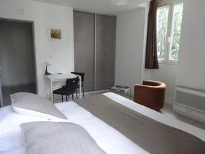 Un ou plusieurs lits dans un hébergement de l'établissement Résidence Les Cordeliers
