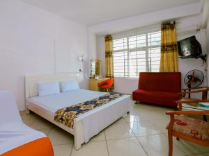 OYO 436 Huong Quynh Hotel