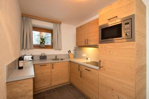 Küche/Küchenzeile in der Unterkunft Gurglhof Apartmenthaus