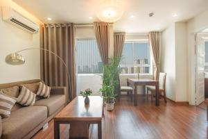 Luxury 2BR apartment City View with Lovely Balcony