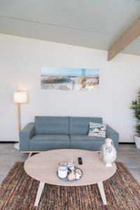 A seating area at Beach Lodge