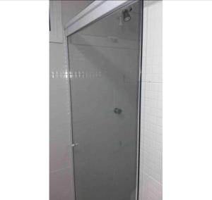 A bathroom at Quarto