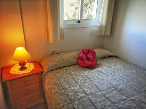 Кровать или кровати в номере Villa Carabeo Playa