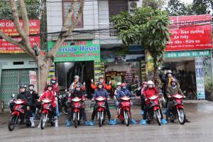 Ha Giang Riverside Hostel & Tour