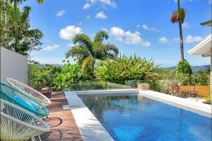 The swimming pool at or near Hilltop Rainforest Retreat