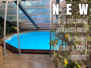 The swimming pool at or near Villa Modernista