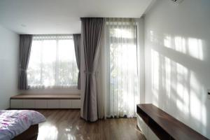 Classy 4BR Euro Villa with Nature Wood and Light